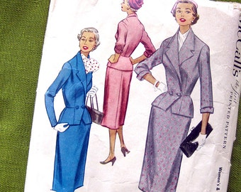 1950s Vintage Sewing Pattern - Two Piece Suit Dress for Half Sizes - Double Breasted Jacket - Rockabilly Style - McCall's 9262 / Size 18.5