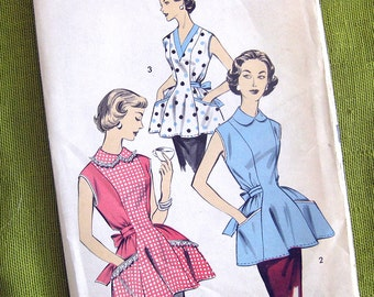 1950s Vintage Sewing Pattern - Pinafore Cobbler Apron with Collar - Advance 8465 / Medium 14-16 / UNCUT FF