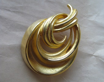 Abstract Pear Modern Gold Brooch Vintage Pin Mod M.J. ENT.