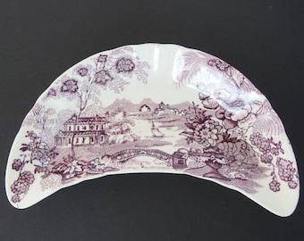 Vintage Bone Dish - Royal Staffordshire TONQUIN Plum by Clarice Cliff