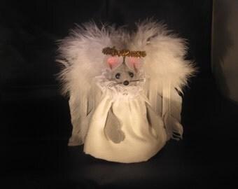 Felt Mouse dressed as a Fancy Angel