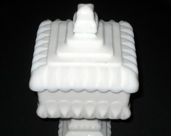 Vintage Westmoreland Milk Glass Compote - Wedding Cake