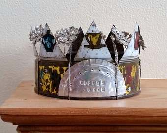 rusted coffee tin crown - vintage can, wire, beads, and baubles