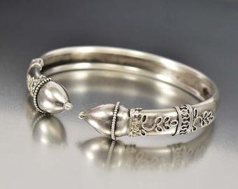 Antique Sterling Silver Bracelet, Etruscan Leaf Victorian Bracelet, Antique Bracelet, Friendship Love Token Anniversary Gift, Bohemian Bride