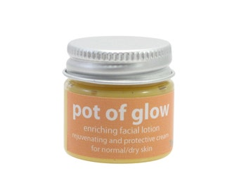 Pot of Glow Enriching Facial Lotion - Mini 0.7 oz Jar
