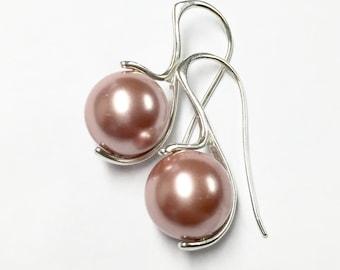 Pink pearl earrings, Tahitian pearl earrings, sterling silver pearl earrings, feminine earrings, modern jewelry