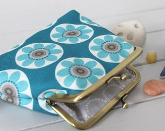 STUDIO SALE Teal Blue Purse in Daisy Daisy floral print coin purse