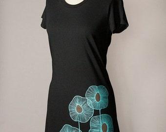 8TH ANNIVERSARY SALE womens tunic top, black tunic dress, tshirt dress, turquoise screenprint