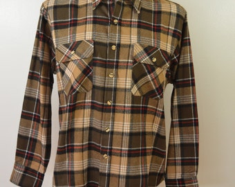 Vintage SEARS Men's Store plaid flannel shirt Size Large 60's 70's work wear
