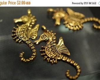 ON SALE Antique Gold Seahorse Charms - 10 pcs