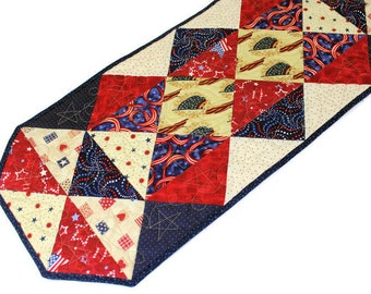 Patriotic Quilted Table Runner in Red, Blue and Ivory White, 4th of July Table Runner, Triangles Runner, quiltsy handmade