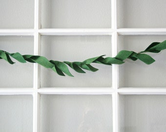 Versatile Green Felt Leaf Garland
