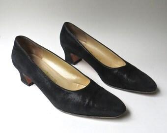 Salvatore Ferragamo vintage Black Velvet Suede Pumps