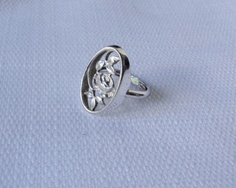 AVON Silver tone Stylized Rose Adjustable Ring