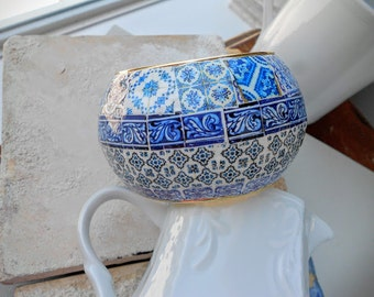 Portugal HUGE Antique Azulejo Tile Replica BANGLE BRACeLET.  OOAK Majolica Mosaic History - Blue Tiles