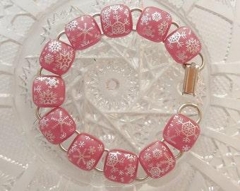 Pink Bracelet - Snowflake Bracelet - Charm Bracelet - Christmas Bracelet - Dichroic Fused Glass Bracelet - Bangle - Christmas Jewelry X7519