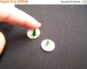 CLOSING SALE Pair of Green Christmas Tree Flat Round Beads