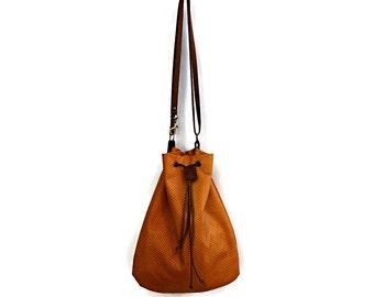 Leather Drawstring Messenger Bag in Toffee. Boho Bag. Leather Bag. Women's Bohemian Bag. Designer Boho Shoulder Bag. Gift For Her