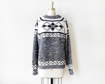 vintage snowflake sweater,  80s black and white sweater, chunky ski sweater