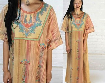 swallow the sun -- vintage 70s indian embroidery print caftan dress S/M/L