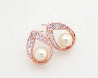 Rose Gold Bridal earrings, Rose Gold Bridesmaid earrings, Wedding jewelry, Pearl Wedding earrings, Crystal earrings, Teardrop earrings