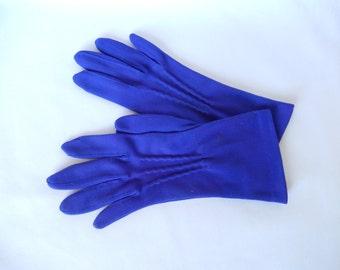vintage purple gloves, mid century accessory, size small, film noir gloves, 1950s, vintage accessory