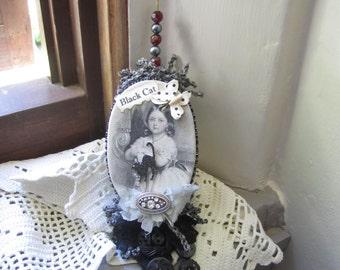 Halloween Ornament - Victorian Halloween - Halloween Tree Decor - Vintage-style Halloween