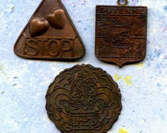 HIGH SEAS, 3 vintage French copper pendants, JEWELRY components, cool vintage, 2018/5