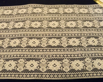 """Lace 8 1/2"""" W  Polyester   White 4 1/2 yards"""
