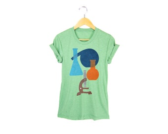Science Tee - Boyfriend Fit Crew Neck T-shirt with Rolled Cuffs in Heather Green - Women's Size S-4XL