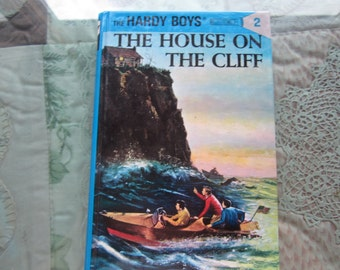 The Hardy Boys. The House on the Cliff.1987  HB Very good condition