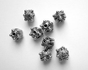 Bali Sterling Silver Beads - 4 Round 8mm Beads with Dots
