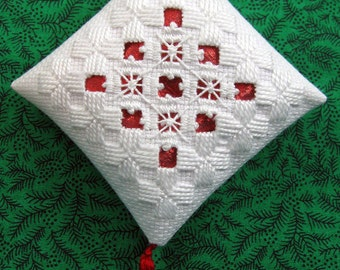 White and Red Hardanger Christmas Ornament 209