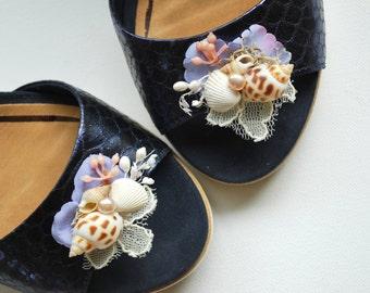 Serenity Blue Beach Weddings Seashells Shoe Clips, Nautical Hawaiian Weddings Bridal Bridesmaids Accessories, Bridesmaids Blue Shoe Clips