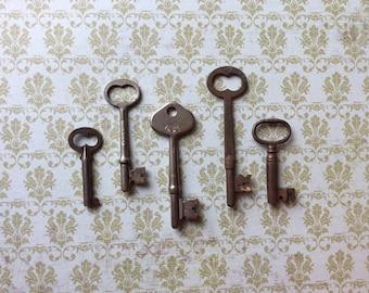 Vintage Skeleton Keys - Lot 4 - Qty 5 - FREE SHIPPING U.S.