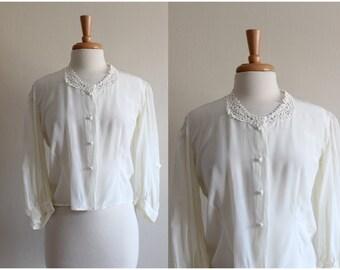 1960s Top / Vintage White Daisy Lace Button Down Blouse