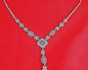 """Vintage NAPIER signed silver tone 18"""" necklace with 2.5"""" center drape  in great condition"""