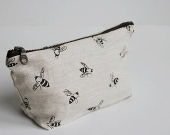 Small Traveler Pouch - Bees - Black on linen