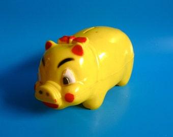 "Vintage 8"" General Artcraft piggy bank celluloid(?) plastic yellow 1950s 60s toy kitsch children's pig farm animal toy"