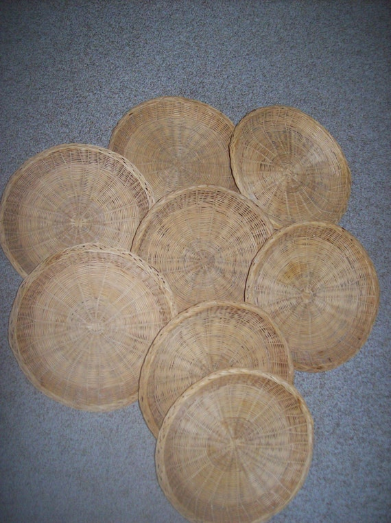 set of 8 rattan paper plate holders 10 inch diameter. Black Bedroom Furniture Sets. Home Design Ideas