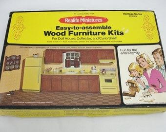 Vintage dollhouse kitchen kit, Realife Miniatures Heritage Series Kitchen