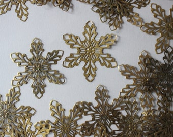 Antiqued Brass Filigree Flower Findings