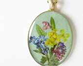 Green is the Garden, Pressed Flower Pendant, Real Flowers,Pressed Flower Jewelry, Resin (1716)