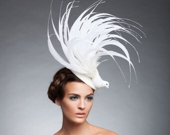 Off white Bird Fascinator, Fur felt headpiece , kentucky derby hat, melbourne cup fascinator , Royal Ascot fascinator