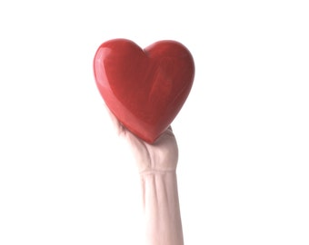 bakelite heart brooch large heart brooch bakelite heart valentine gift big red heart collectible jewelry vintage fashion