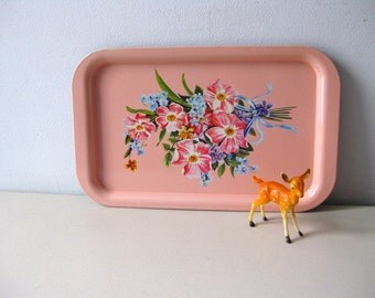 Vintage tray pink shabby style