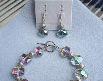 SALE!!!!! Shiny Iridescent Pink and Green Bracelet and Earring Set