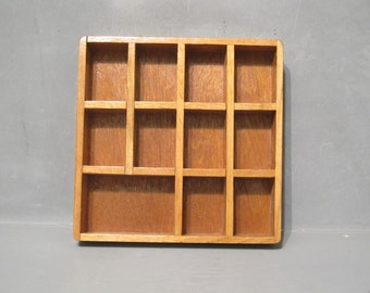 Vintage Wooden Shadow Box Shelf / Light Wood Cubby Organizer Storage Miniature Trinket Display Tray Wall Shelf Decor Primitive Curio Cabinet