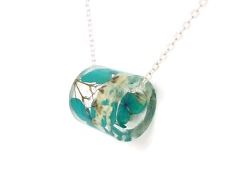 Resin Tube Necklace with Blue  Hydrangea and Baby's Breath.  Resin Jewelry with Real Pressed Flowers - Hydrangea Baby's Breath.