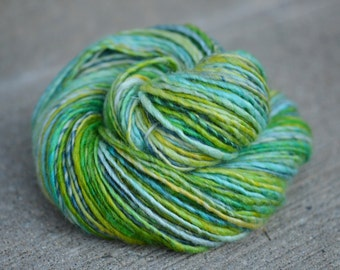 Dandelion Spring - Bluefaced Leicester (BFL)/Silk singles handspun yarn - aran/bulky weight, 186 yards